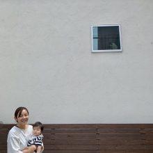 白壁と窓の妖精