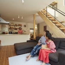 プライベート感のある和室をプラスした家。4