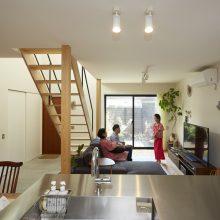 プライベート感のある和室をプラスした家。1