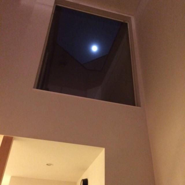 なかなか空を見上げることが少なくなってきましたが、 D'Sのお家ではこんな楽しみ方も(^_-)