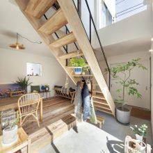 自然素材の家は本当に気持ちがいい!お風呂上がりに素足で歩くのが大好きです。2